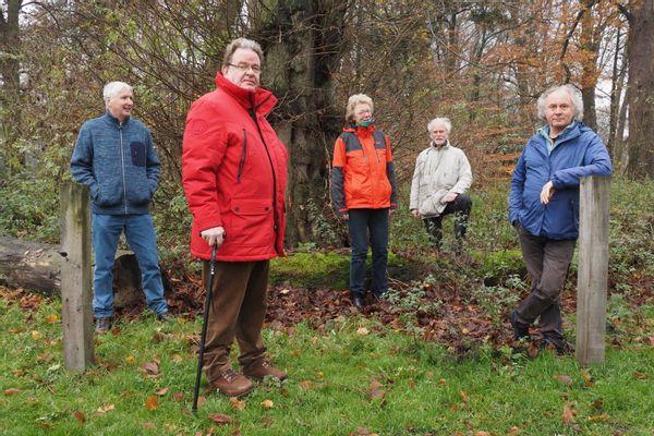 De loakstenencommissie bij de Viermarkenboom