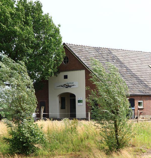 Herbestemming voormalige boerderij Erve Peeze
