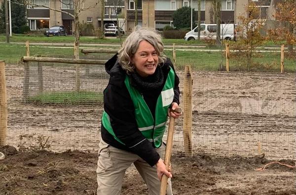 """Monique Meijer, Wijkboerderij De Eemhoeve: """"Onderling verbinden geeft energie"""""""